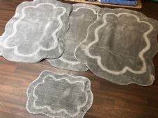 ROMANY WASHABLES CARVED DESIGN SET OF 4 MATS XLARGE SIZE 100X140CM SILVER-GREY
